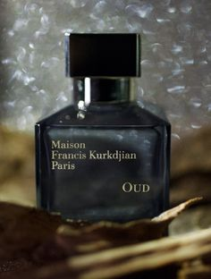 Maison Francis Kurkdjian OUD  Olfactive family : Safron - Elemi gum from the Philippines - Oud from Laos - Cedar wood frol the Atlas - Indonesian Patchouli