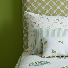 I like the olive greens, touches of teal/aqua and white, not the wall color so much. White would be better (Claire likes a lot of white now, and has got me thinking that way). Cushion Headboard, White Headboard, White Bedding, Bed Pillows, Green And White Bedroom, Green Rooms, White Rooms, White Now, Traditional Bedroom