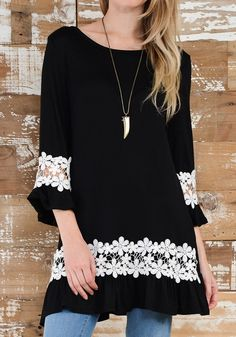 Black Patchwork Lace Round Neck Fashion Polyester Mini Dress