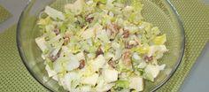 Bleekselderij-appel-rozijnen-walnoot Salade Met Honing-moste recept | Smulweb.nl