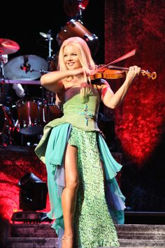 celtic woman emerald tour | CELTIC WOMAN Lindsey Stirling, Hayley Westenra, Celtic Women, Irish Singers, Women Of Rock, Celtic Music, Celtic Thunder, World Music, Shows