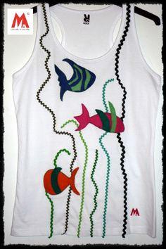 """Camiseta decorada hecha a mano """"Fondo Marino"""""""