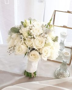 #FloralWhite gives you a chance to be an expert florist. Join our #flowerarranging class in Brisbane and be a pro at creative #decoration of #flowers. Best Flower Delivery, Most Beautiful Flowers, Creative Decor, Fresh Flowers, Brisbane, Funeral, Flower Arrangements, Birthdays, Marriage