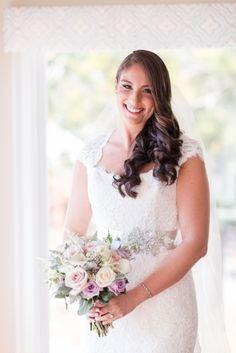 Westhampton Beach Country Club Wedding Venue Photo by Jessica Haley || Anne Barge Wedding Dress