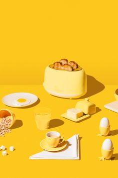 Love the idea of color coding objects in the world of living with kids. also love how imperfect the spill and art direction is Object Photography, Still Life Photography, Food Photography, Yellow Photography, Photo Food, Yellow Foods, Monochrome Color, Monochrome Photography, Shades Of Yellow