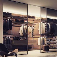 Walk In Closet Design, Bedroom Closet Design, Home Room Design, Wardrobe Design, Closet Designs, House Design, Italian Furniture Brands, Luxury Furniture, Luxury Interior Design