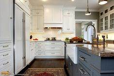 Southwest Kitchen and Bath is where to buy cabinets in the Tucson, AZ area. From concept & design, to beautiful completion, we've got your project covered. Kitchen And Bath Remodeling, Kitchen And Bath Design, Kitchen Remodel, Kitchen Designs, Finish Kitchen Cabinets, Painting Kitchen Cabinets, Floor Cleaner Recipes, Southwest Kitchen, Buy Kitchen