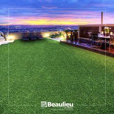 Decore com praticidade. Grama sintética decorativa Beaulieu.    @decor #grama #beaulieudobrasil #gramasintetica #design #piso # pisos