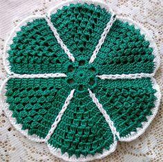 crochet home: Base plates Filet Crochet, Crochet Motif, Crochet Designs, Crochet Doilies, Crochet Kitchen, Crochet Home, Yarn Crafts, Diy Crafts, Crotchet Patterns
