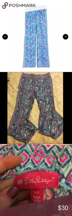 Lilly Pulitzer for Target Palazzo pants in my fans Like new Palazzo pants in My Fans by Lilly Pulitzer for Target. I had to fight for these when the collection came out, they deserve a good home!! Lilly Pulitzer for Target Pants