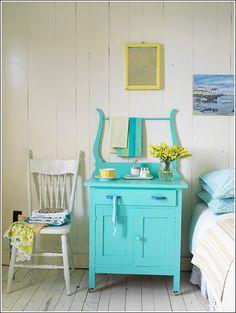 Redécorez votre maison en peignant vos meubles! ~ Décor de Maison / Décoration Chambre