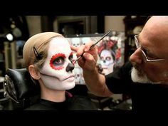 In this video tutorial, watch Rick Baker create the look step by step.