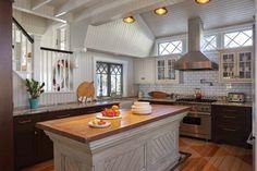 Spirit of the Past   Cousins Island   Maine Home+Design