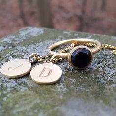 En dejlig dag. #hvisk #hviskstyling #hviskstylist #hviskjewellery #smykker #smykke #jewellery #ringe #rings #sølvforgyldt #halskæder #halskæde #vedhæng #bokstavsvædhæng #bokstaver #naturogsmykker #naturen #natur #hviskjanuarstyle