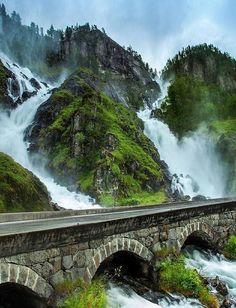 Beautiful Latefossen - Norway