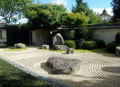 Natural Conditions from Japanese Zen Garden Design – Japanese zen garden is a solution to make the backyard in your house into a very pleasant place for you to relax. The right design and layout of the home garden with patio then you become one of the special places. This idea can be applied in …