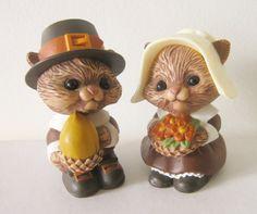 Vintage Hallmark Squirrel Pilgrim Salt & Pepper Pots