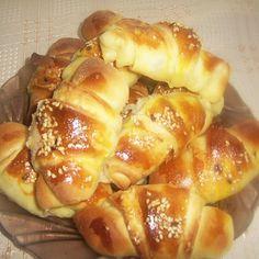 Pretzel Bites, Hamburger, French Toast, Baking, Breakfast, Recipes, Food, Breads, Cakes