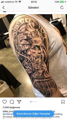 Deuses Zeus Tattoo, Posseidon Tattoo, God Tattoos, Body Art Tattoos, Half Sleeve Tattoos Wolf, Best Sleeve Tattoos, Tattoo Sleeve Designs, Greek God Tattoo, Greek Mythology Tattoos