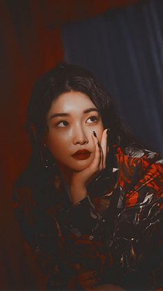 Chungha Facts: – Chungha was born in South Korea.