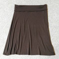 Brown skirt Great summer skirt.  Flowy and soft Old Navy Skirts A-Line or Full