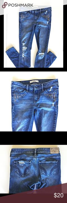 Hollister distressed skinny jeans. Great shape! Awesome jeans! They are in really good condition. Distressed skinny look at a discounted price! Size 00 or W23 L31 Hollister Jeans Skinny