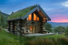 Winter is coming, so why not hibernate in a snug AF log cabin with a hot tub and sauna until spring?
