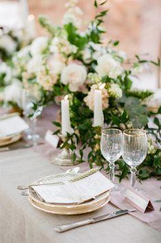 Elegant wedding centerpiece idea; photo: Tamara Gruner