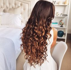 """24"""" Ombre Chestnut Luxies in these perfect tight curls   Check out this shade here: http://www.luxyhair.com/collections/24-inch-luxy-hair-extensions/products/24-ombre-chestnut-t1c-6-220g"""