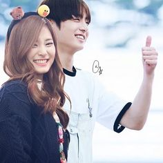 Kpop Couples, Just For Fun, Kpop Groups, Idole, Korea, Fan Art, Cute, Beautiful, Inspiration