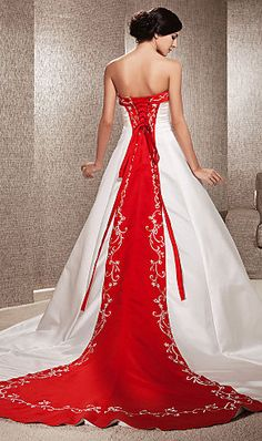 Cheap robe de mariage, Buy Quality bridal gown directly from China luxurious wedding Suppliers: vestidos de novia 2016 Luxurious Wedding Dresses A-line Off-the-shoulder Embroidery Chapel Train Bridal Gowns robe de mariage Wedding Dresses Under 100, Cheap Wedding Dresses Online, Wedding Dress Train, Wedding Dresses Plus Size, Colored Wedding Dresses, Bridal Dresses, Gown Wedding, Wedding Dress With Red, Tulle Wedding