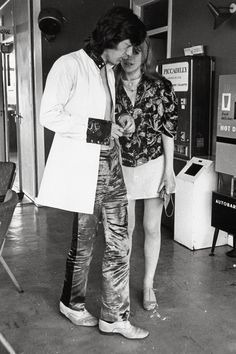 """Mick Jagger & Marianne Faithfull "" © JRC /The Hollywood Archive Marianne Faithfull, Freddie Mercury, Mick Jagger Girlfriend, Rolling Stones Keith Richards, Mick Jagger Rolling Stones, Rolling Stones Logo, Vintage Hippie, Vintage Vibes, Love Band"