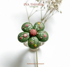 A wonderful ring made of polymer clay. I love the things Eva Thissen makes out of Fimo!