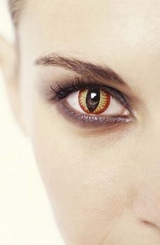 Rare Eye Color | Most Rare Eye Color | Unique Eye Colors in Humans the pocture looks ...