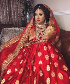 Bangladeshi bride Bridal Silk Saree, Indian Bridal Lehenga, Saree Wedding, Bengali Bride, Desi Bride, Marathi Bride, Beautiful Dress Designs, Indian Wedding Bride, South Asian Bride