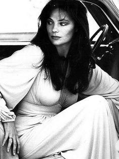 Jacqueline Bisset, Paris Vogue, November 1973