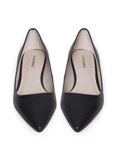 Classic Pointed Flat - Stylemint
