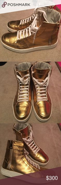 e45a0d0710c Gucci Sneakers (Limited Edition) Gold Leather Hi-Top Sneakers. Slight  scratch on