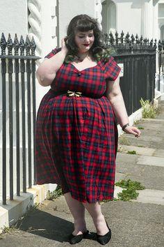 Here Comes The Summer, Summer Lily, Ootd, Love Photos, Swing Dress, Tartan, Dj, Wrap Dress, Plus Size