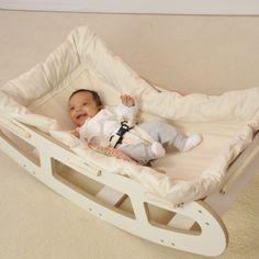 Wiege für seelig schlafende Babys