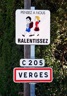Verges est un petit village du Jura. Ses habitants sont les Vergeois et les Vergeoises.  - verges.jpg (547×780)