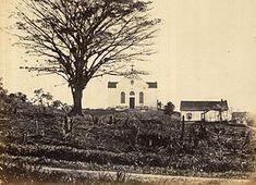 Imagem fotográfica da Colônia Dona Francisca datada de 1866. Igreja Católica (lado esquerdo) e uma casa enxaimel (lado direito). Portal, Snow, Painting, Outdoor, Santa Catarina, Home, Historical Photos, Outdoors
