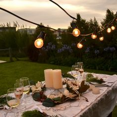 Tutorial Porta Macetas de Macramé / DOS CASAS Sunset Party, Home Aquarium, Betty Blue, Outdoor Dining, Sweet Home, Candles, Lights, Table Decorations, Diy