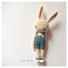 crochet bunny ✿⊱╮Teresa Restegui http://www.pinterest.com/teretegui/✿⊱╮