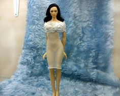 """1//6 SCALE CUSTOM  pale nude DRESS FIT 12/"""" FEMALE SEAMLESS BODY ACTION FIGURE"""
