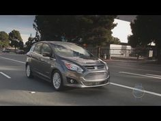 ▶ 2013 Ford C-MAX Hybrid Video Review - Kelley Blue Book - YouTube