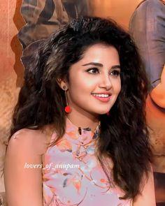 Indian Actress Photos, South Indian Actress, Indian Actresses, Celebrity Pictures, Girl Pictures, Girl Photos, Beautiful Women Pictures, Beautiful Girl Photo, Anupama Parameswaran