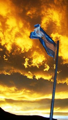 Yo quiero a mi Bandera Flag Cloud - Sky Sunset Yellow No People Sky Outdoors Day The Great Outdoors - 2017 EyeEm Awards