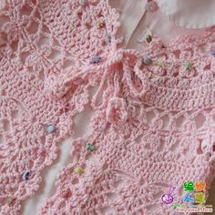 Patron gratis bolero tejido a crochet para niñas10