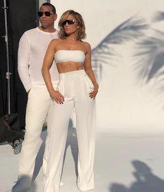 Jennifer Lopez and Alex Rodriguez J Lo Fashion, Fashion Couple, Fashion Outfits, Trendy Fashion, Fashion News, Fashion Beauty, Jennifer Lopez, Meghan Markle, Kim Kardashian